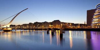Managing in Ireland - Traditional Customs in a Modern Economy